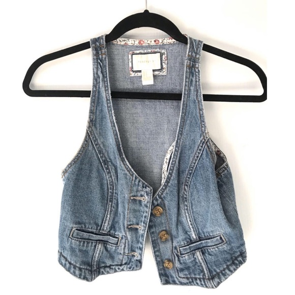 F21 Denim vest - small